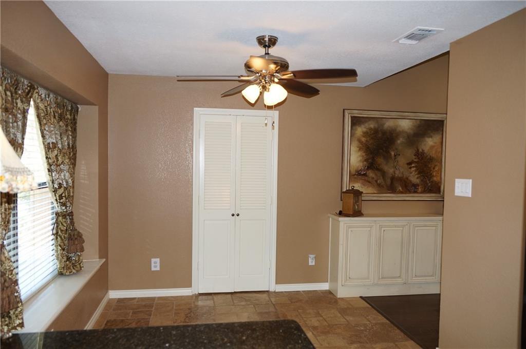 Sold Property | 911 Auburn Court Arlington, Texas 76012 11