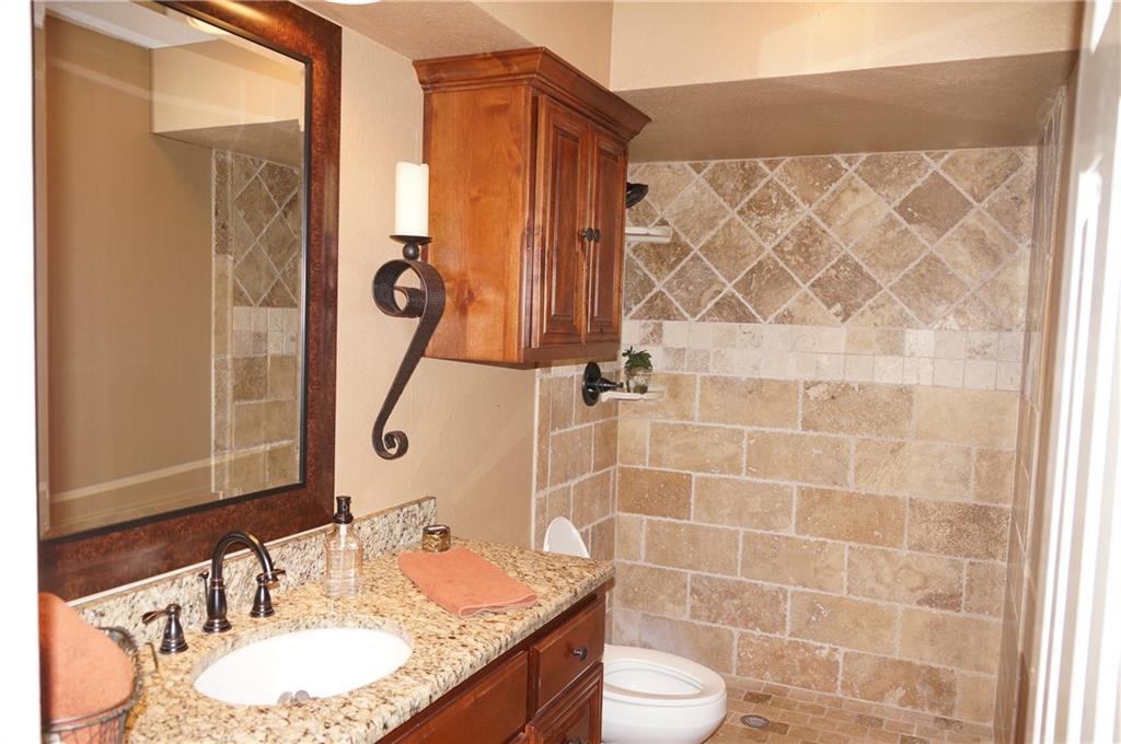 Sold Property | 911 Auburn Court Arlington, Texas 76012 13