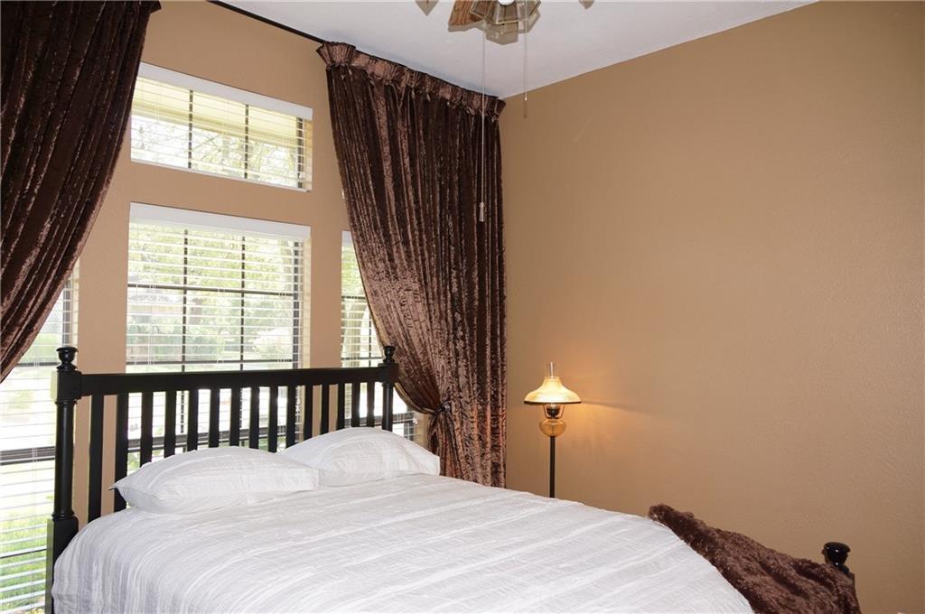 Sold Property | 911 Auburn Court Arlington, Texas 76012 14