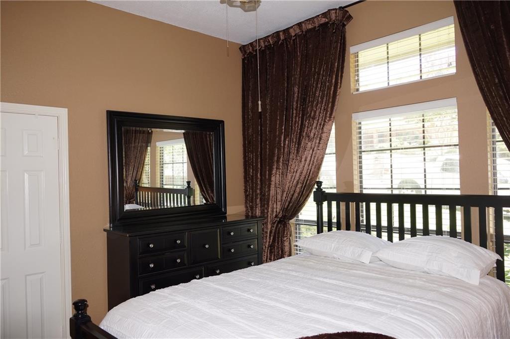 Sold Property | 911 Auburn Court Arlington, Texas 76012 15