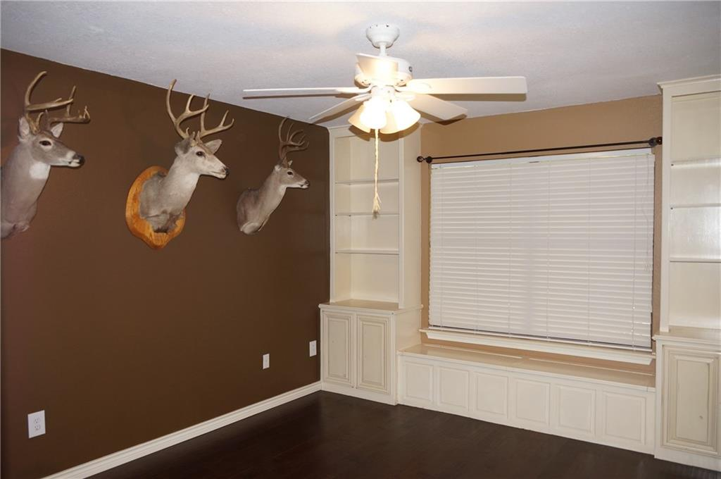 Sold Property | 911 Auburn Court Arlington, Texas 76012 16