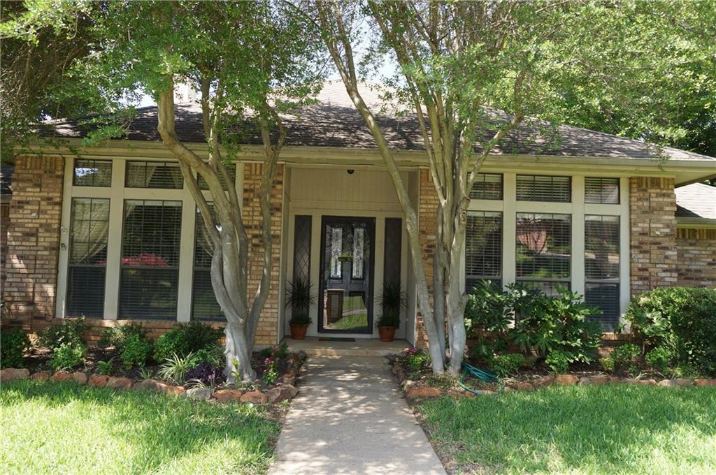 Sold Property | 911 Auburn Court Arlington, Texas 76012 1