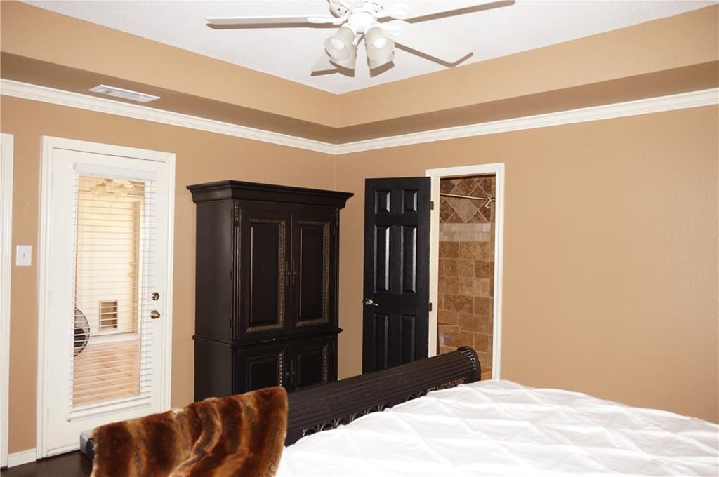 Sold Property | 911 Auburn Court Arlington, Texas 76012 19