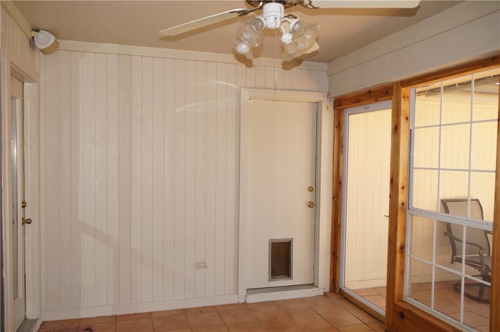 Sold Property | 911 Auburn Court Arlington, Texas 76012 23