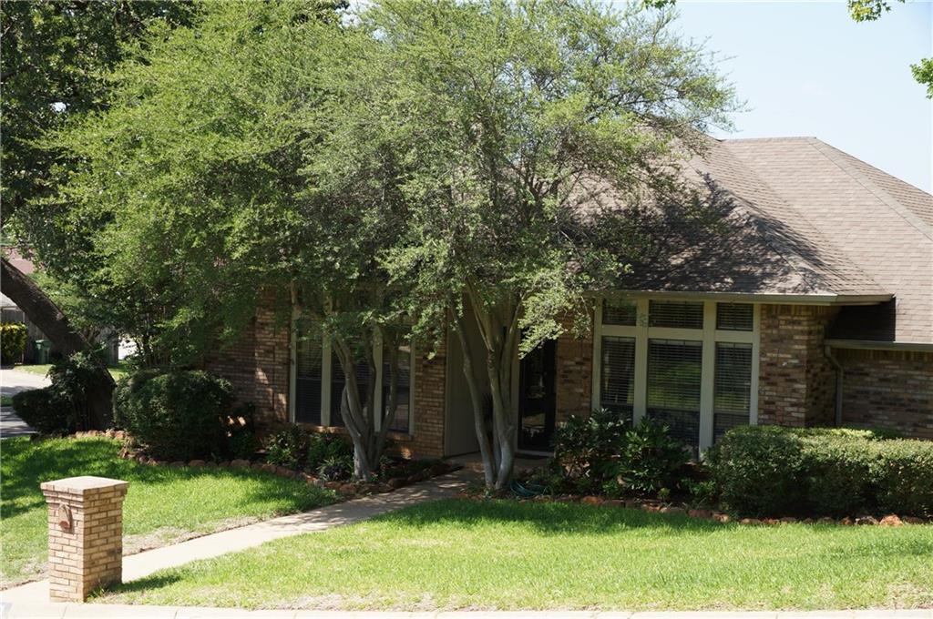 Sold Property | 911 Auburn Court Arlington, Texas 76012 2