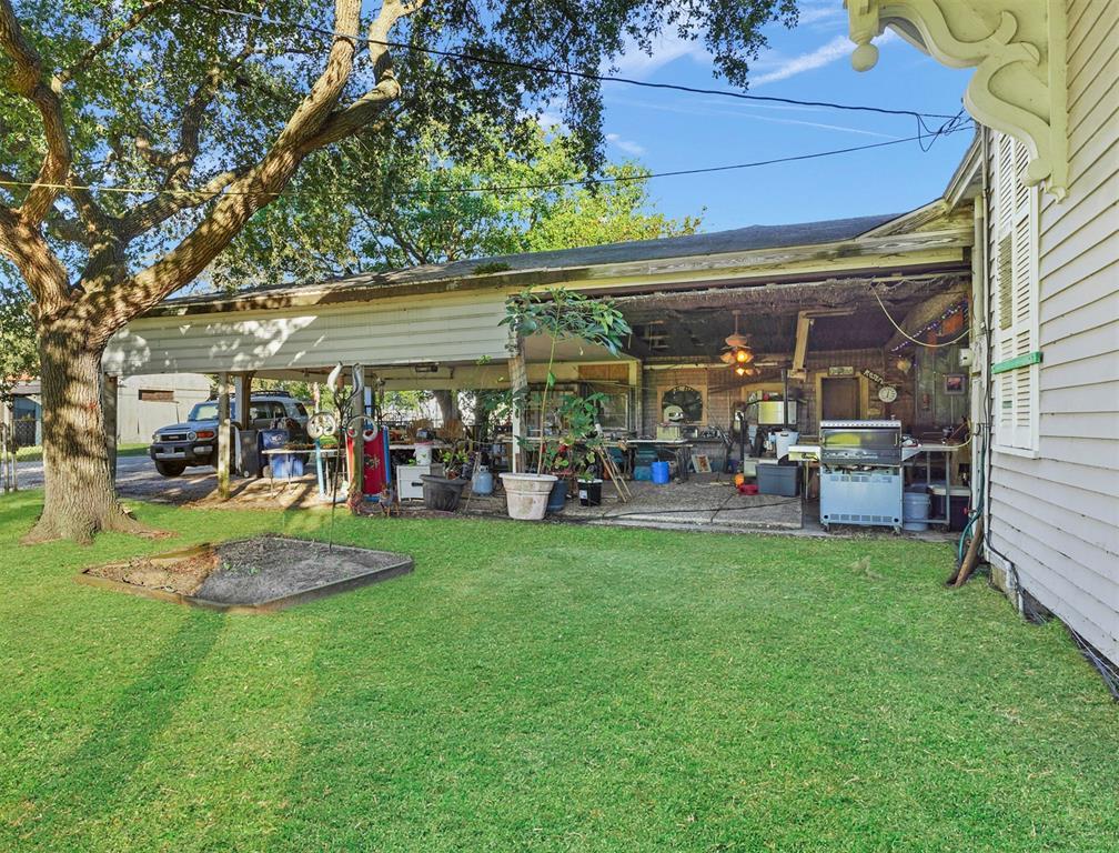 Active | 625 Wightman Street Matagorda, Texas 77457 31
