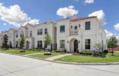 Off Market   13621 Teal Bluff Lane Houston, Texas 77077 2