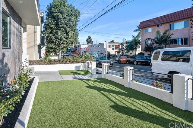 Closed | 2321 Vanderbilt  Lane #A,B Redondo Beach, CA 90278 8