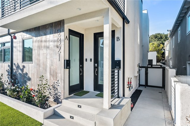 Closed | 2321 Vanderbilt  Lane #A,B Redondo Beach, CA 90278 9