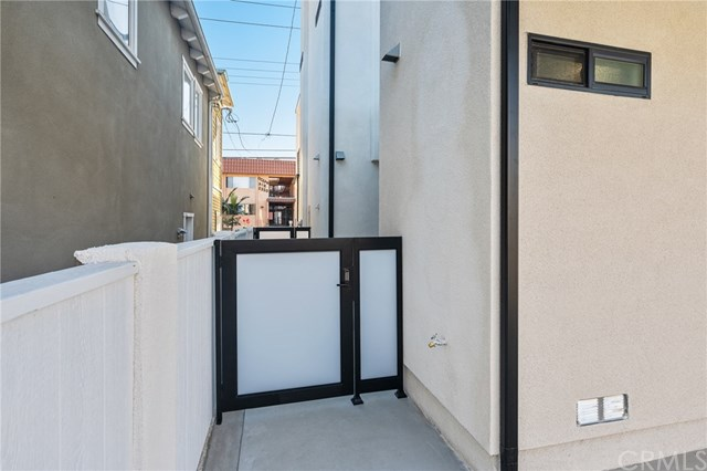 Closed | 2321 Vanderbilt  Lane #A,B Redondo Beach, CA 90278 14