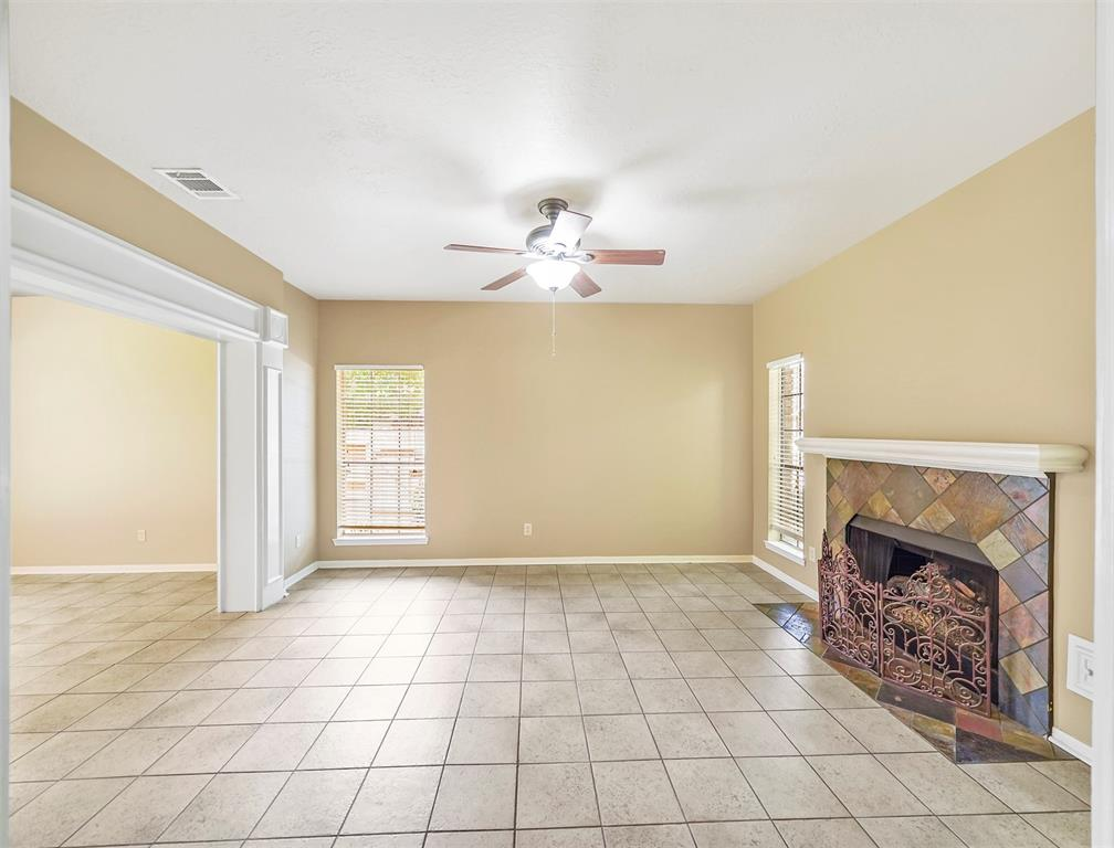 Pending | 17623 Masonridge  Drive Houston, TX 77095 27