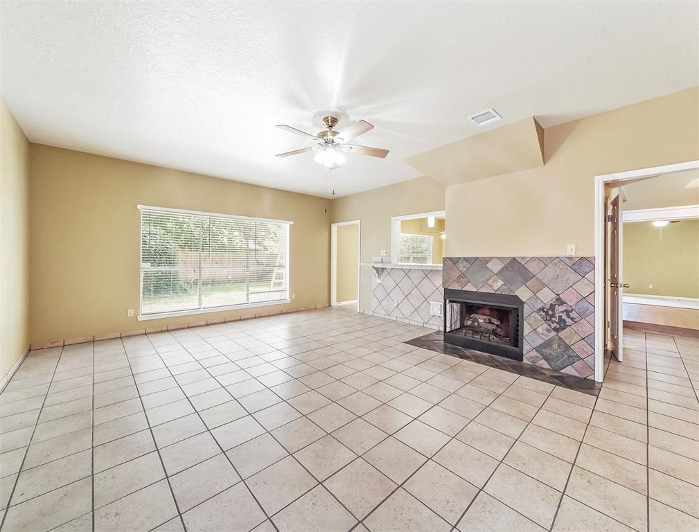 Pending | 17623 Masonridge  Drive Houston, TX 77095 37