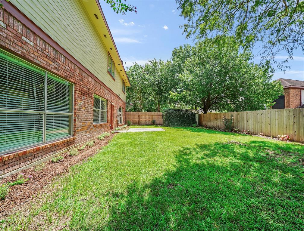 Pending | 17623 Masonridge  Drive Houston, TX 77095 44