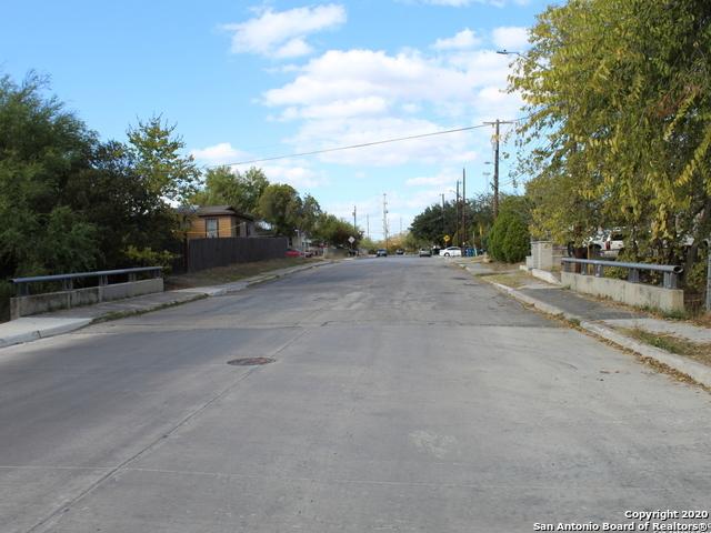 Active | 1106 ONSLOW San Antonio, TX 78202 27