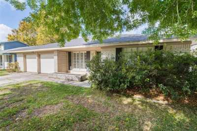 Off Market | 4506 Mimosa Drive Bellaire, Texas 77401 2
