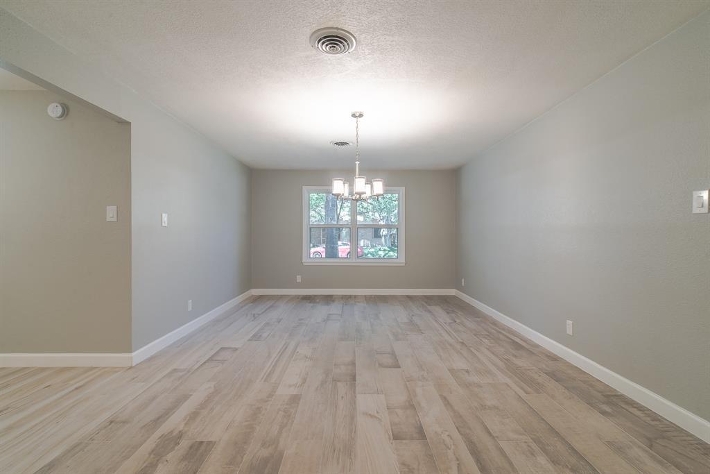 Option Pending | 7713 Valley View Lane Houston, Texas 77074 11