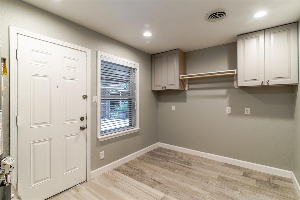 Option Pending | 7713 Valley View Lane Houston, Texas 77074 22