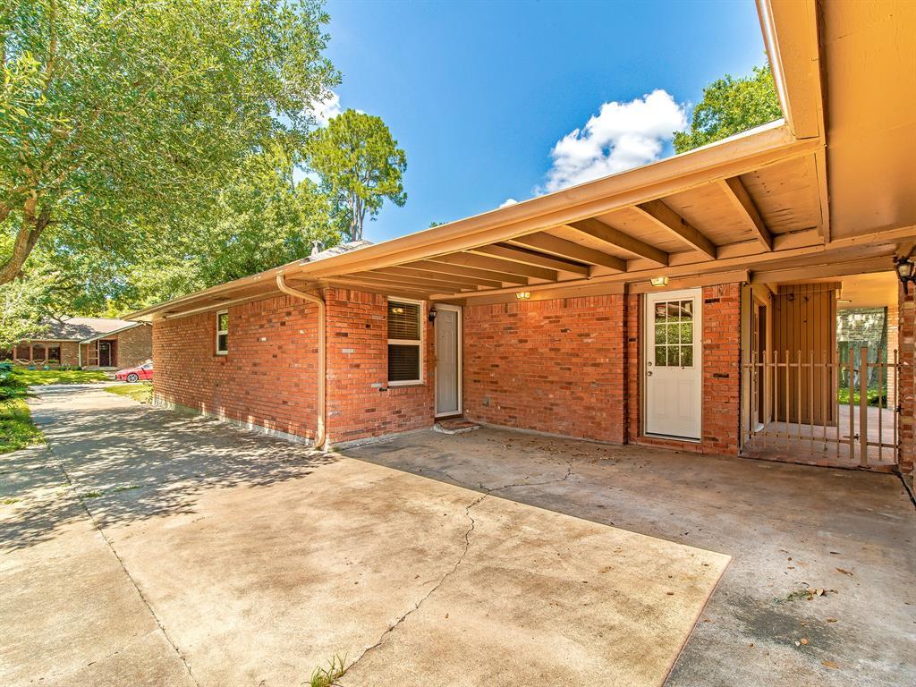 Option Pending | 7713 Valley View Lane Houston, Texas 77074 25