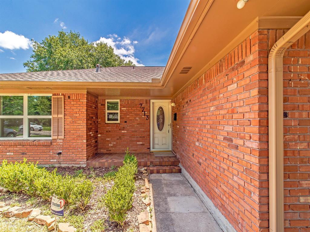 Option Pending | 7713 Valley View Lane Houston, Texas 77074 27