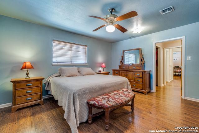 Active Option | 323 W Southcross Blvd San Antonio, TX 78221 11
