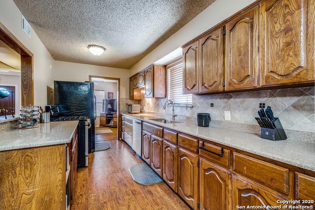 Active Option | 323 W Southcross Blvd San Antonio, TX 78221 5