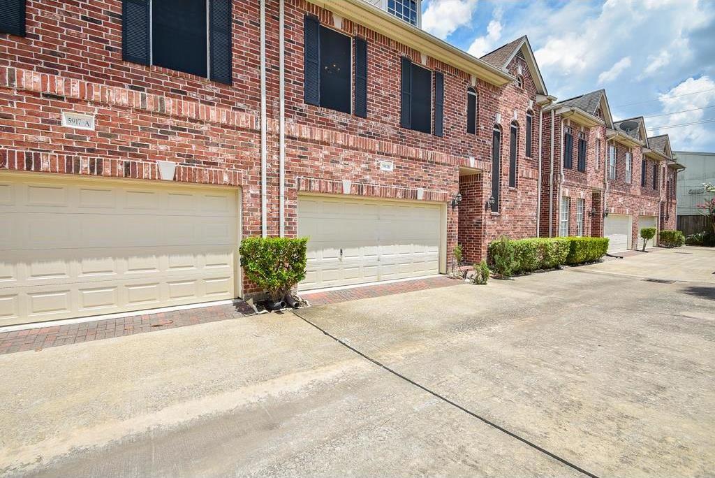 Active | 5917 Dolores Street #B Houston, Texas 77057 29