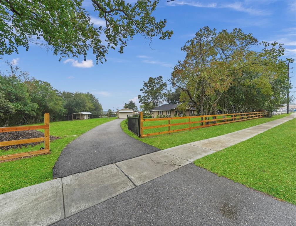 Option Pending | 13519 Zion  Road Tomball, TX 77375 3