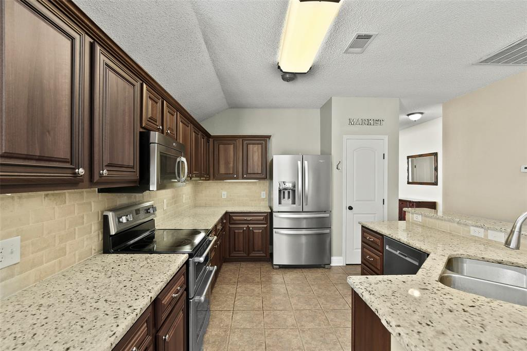 DFW Real Estate   101 Worchester Lane Allen, Texas 75002 10