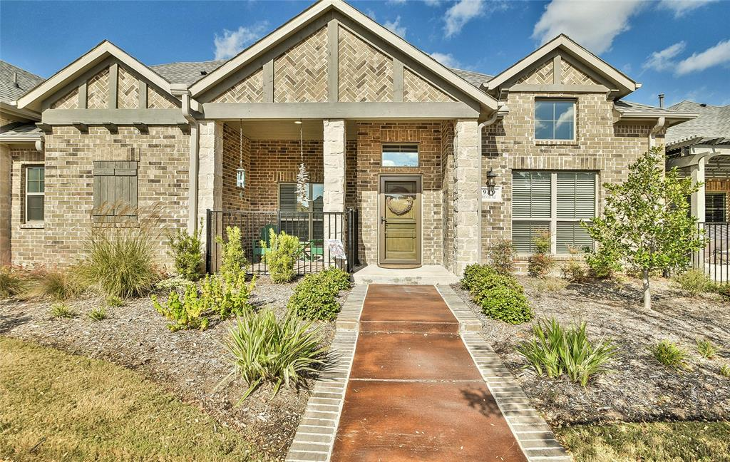 Sold Property | 919 Birds Fort  Trail Arlington, TX 76005 0