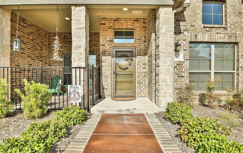 Sold Property | 919 Birds Fort  Trail Arlington, TX 76005 2