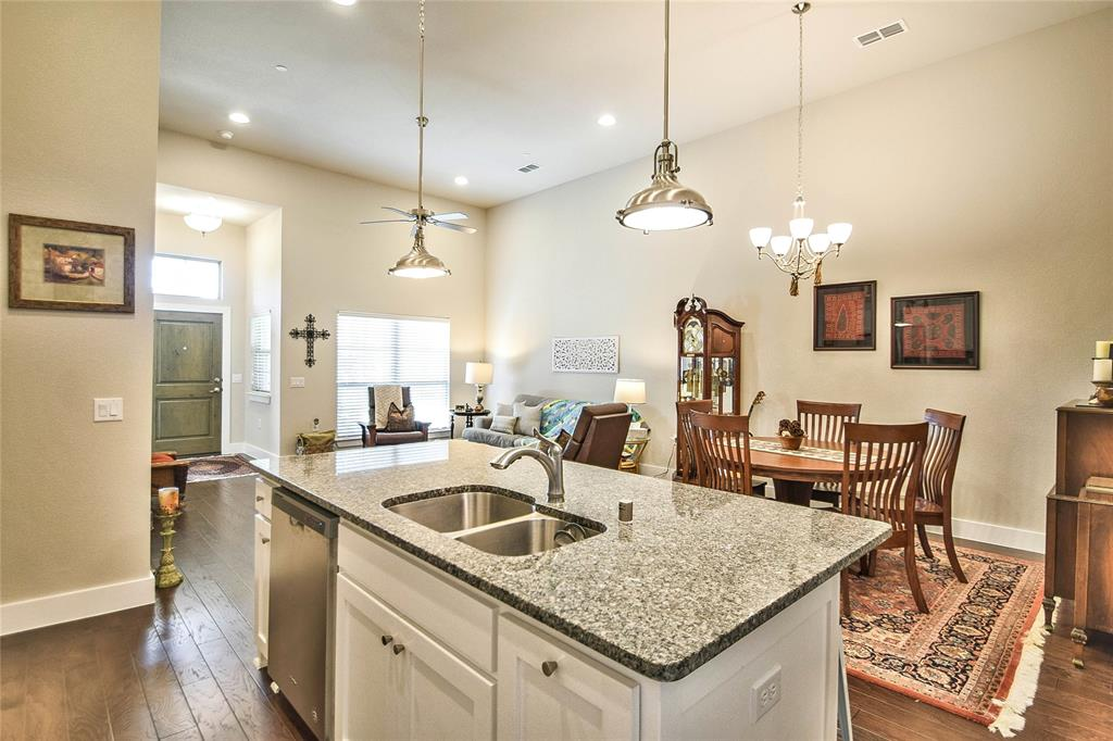 Sold Property | 919 Birds Fort  Trail Arlington, TX 76005 6