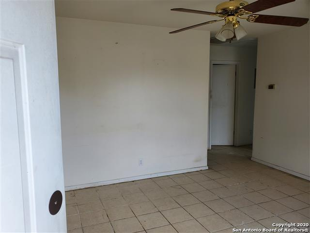 Active Option | 710 NW 36TH ST San Antonio, TX 78237 4