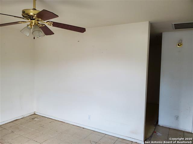 Active Option | 710 NW 36TH ST San Antonio, TX 78237 7