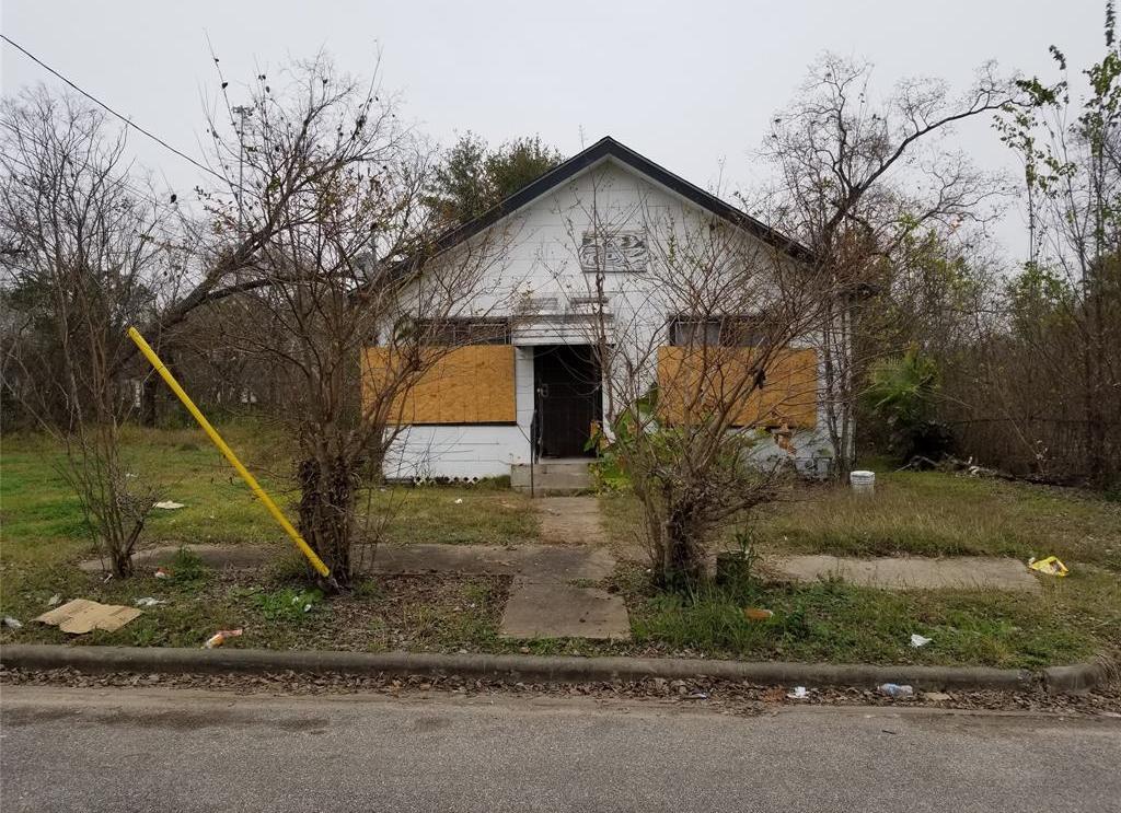 Active | 3427 Hadley Street Houston, TX 77004 0