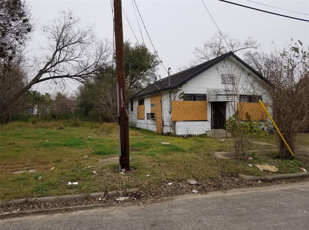 Active | 3427 Hadley Street Houston, TX 77004 1