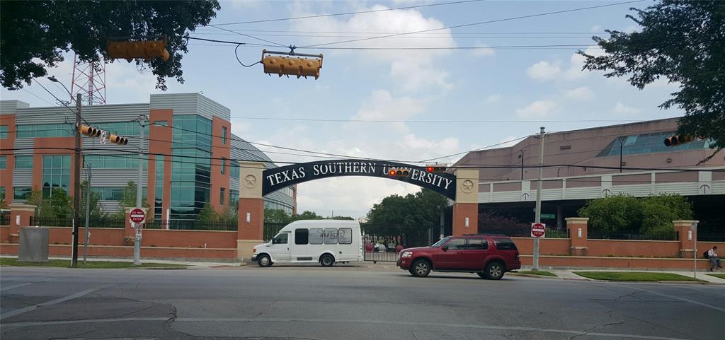Active | 3427 Hadley Street Houston, TX 77004 12