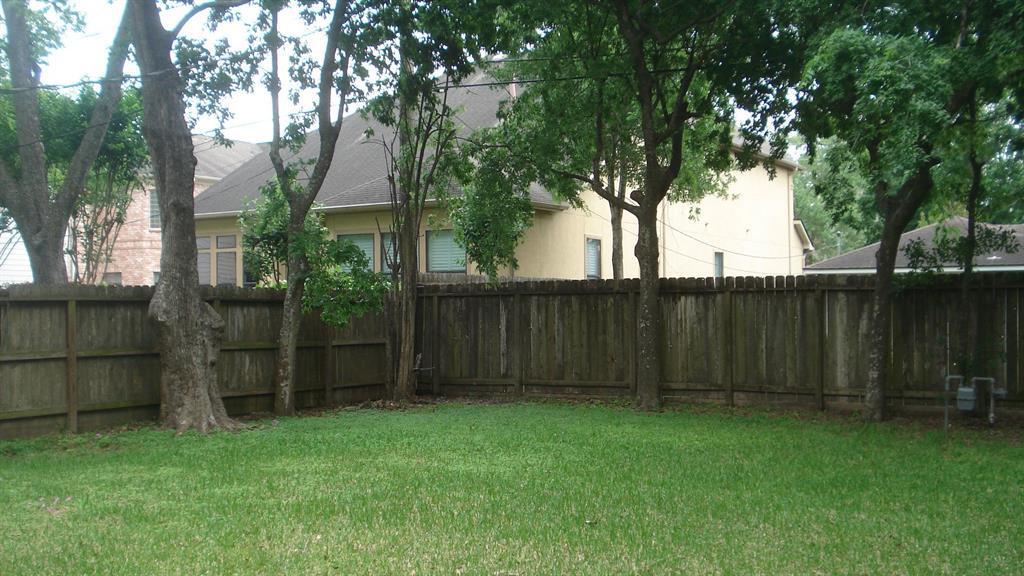 Leased | 4619 Braeburn Drive Bellaire, Texas 77401 9