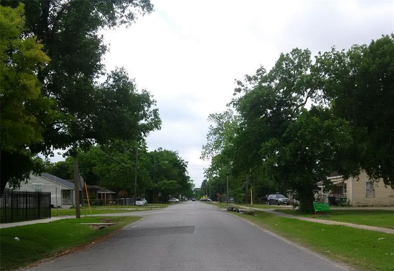 Active | 4017 Robertson st, Houston, Texas 77009 9