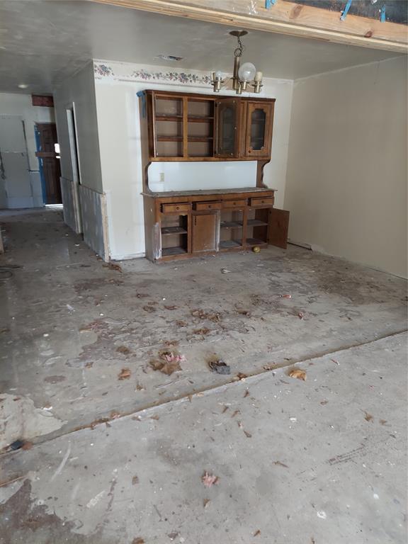 Pending | 1445 Allen  Street Hempstead, TX 77445 11