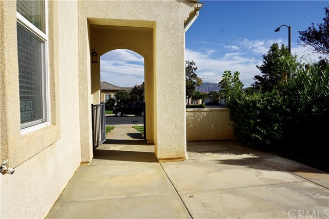 Active | 115 Fern Beaumont, CA 92223 7