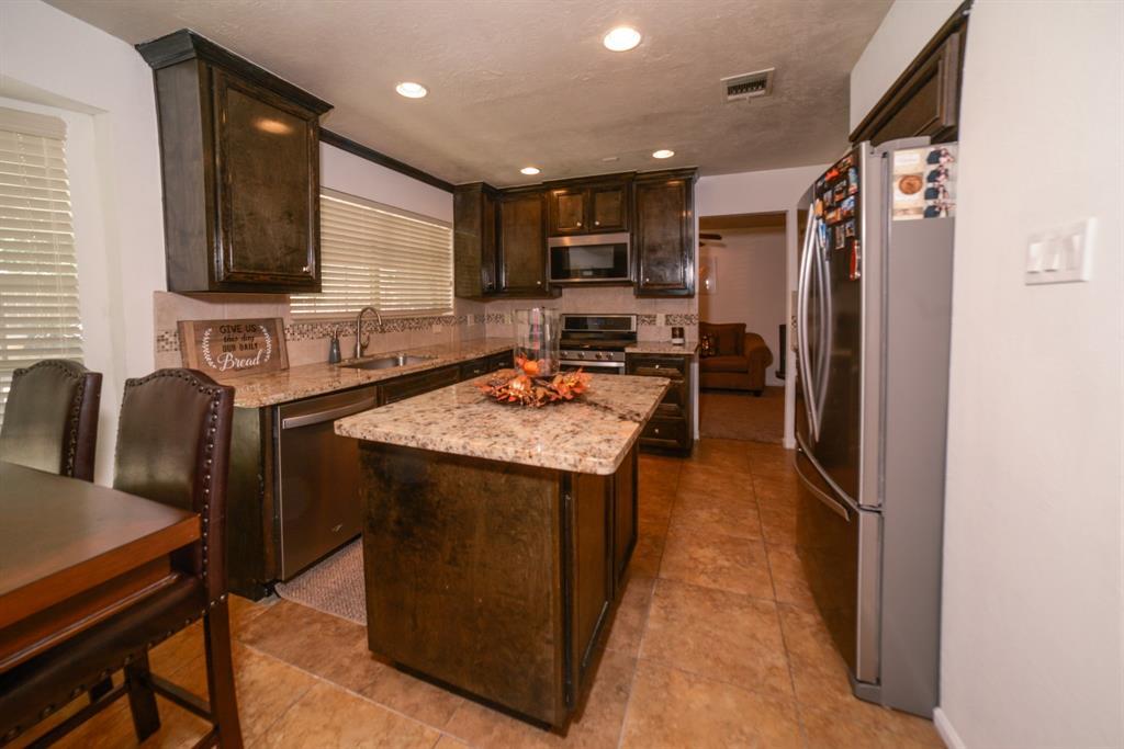 Off Market   6914 Trimstone  Drive Pasadena, TX 77505 3