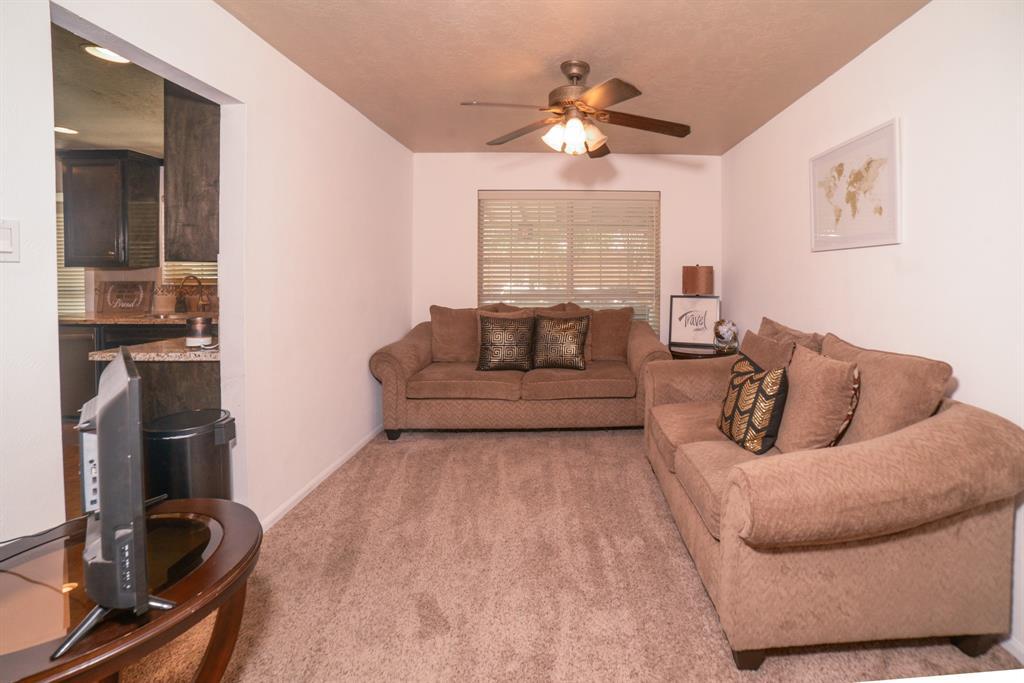 Off Market   6914 Trimstone  Drive Pasadena, TX 77505 4