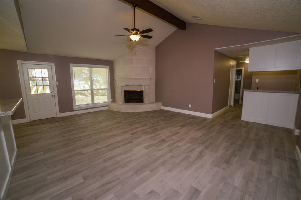 Option Pending | 5915 N Meadow Court Pasadena, Texas 77505 12