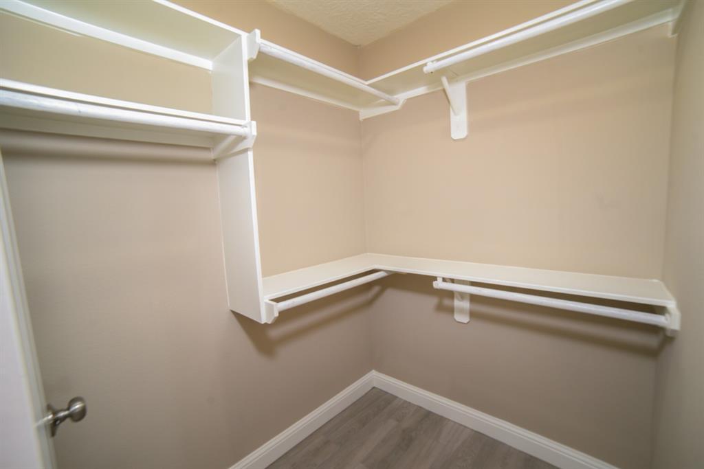 Option Pending | 5915 N Meadow Court Pasadena, Texas 77505 15