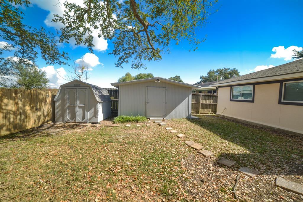 Option Pending | 5915 N Meadow Court Pasadena, Texas 77505 25
