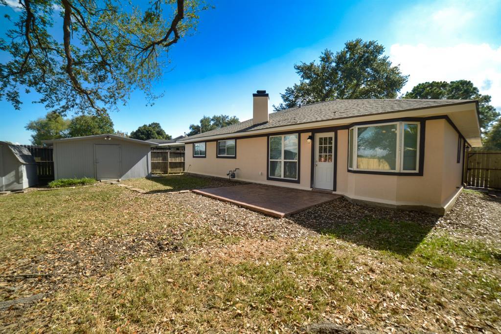 Option Pending | 5915 N Meadow Court Pasadena, Texas 77505 26