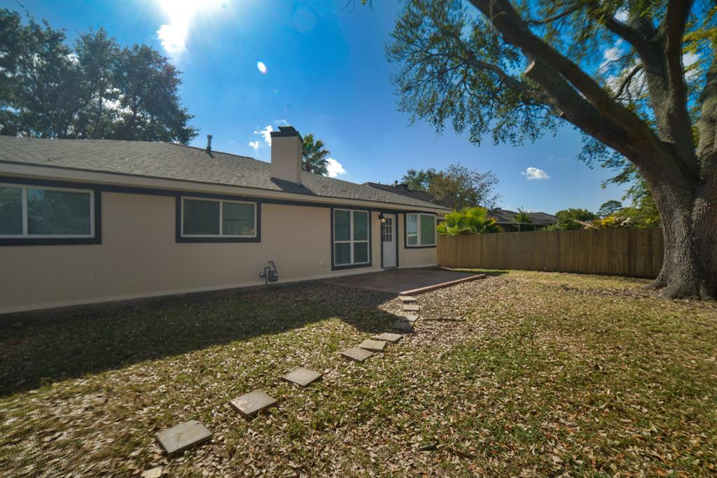 Option Pending | 5915 N Meadow Court Pasadena, Texas 77505 28