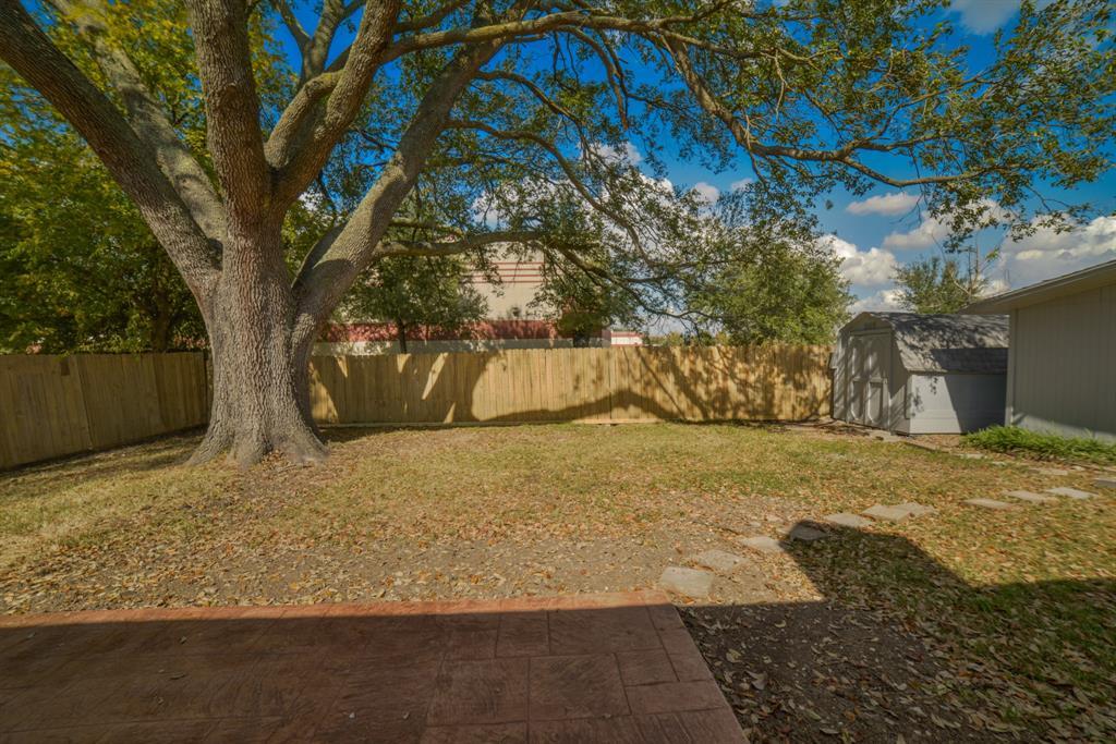 Option Pending | 5915 N Meadow Court Pasadena, Texas 77505 29