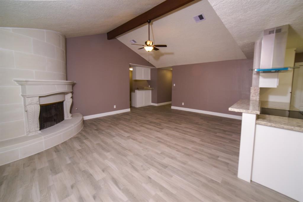 Option Pending | 5915 N Meadow Court Pasadena, Texas 77505 5