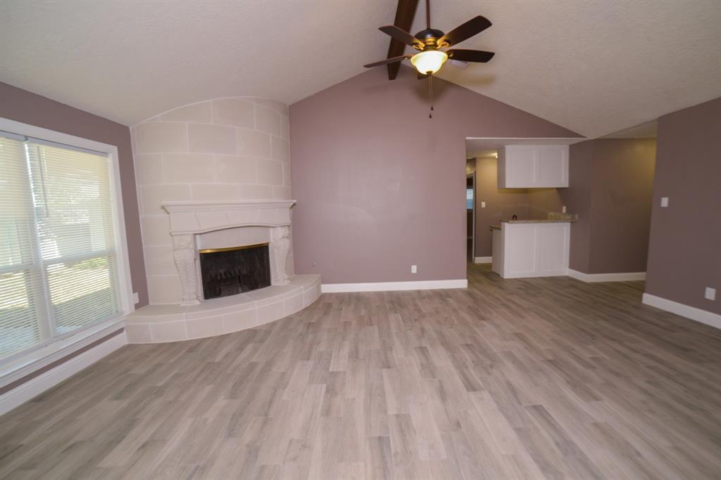 Option Pending | 5915 N Meadow Court Pasadena, Texas 77505 9